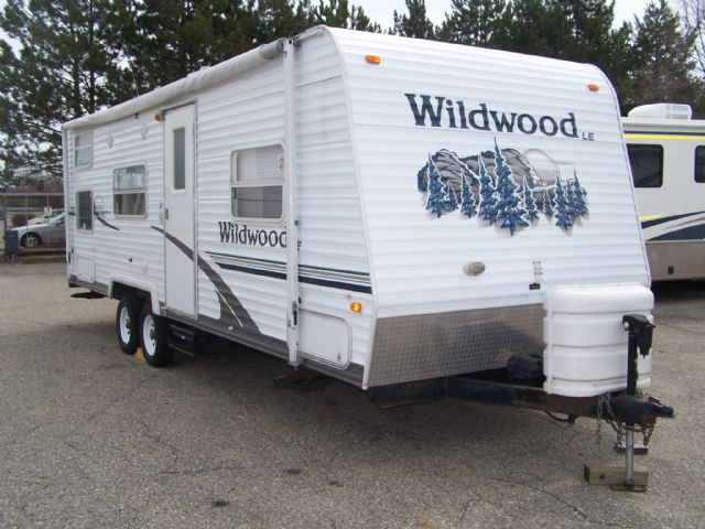 Forest River Wildwood 27BH - Stock # : 0295 Michigan RV Broker USA