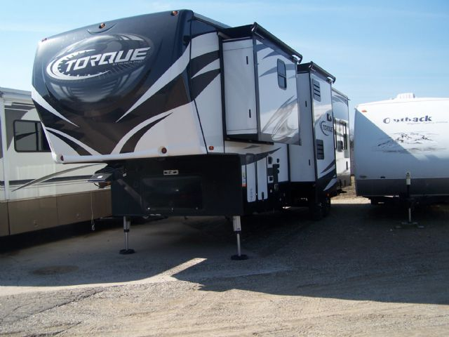 2017 HEARTLAND TORQUE TOY HAULER 345 - Stock # : 0518 Michigan RV Broker USA
