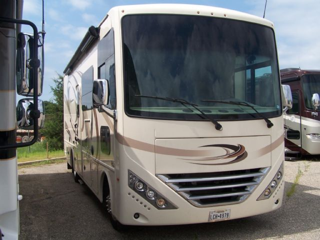 2018 THOR HURRICANE  - Stock # : 0531 Michigan RV Broker USA