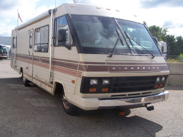 Winnebago Chieftain 31 RT  - Stock # : 0076 Michigan RV Broker USA