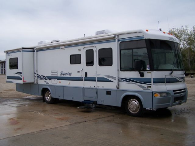 Itasca Sunrise IPF 32V - Stock # : 0120 Michigan RV Broker USA
